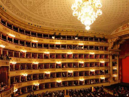Тематическая экскурсия в музей театра Ла Скала (фото 1)