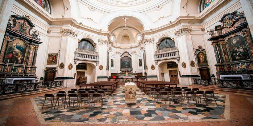 Obzornyj-tur-poseshchenie-Duomo-5