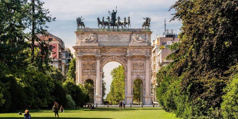 Обзорная комбинированная экскурсия по Милану авто + пешком (фото 1)